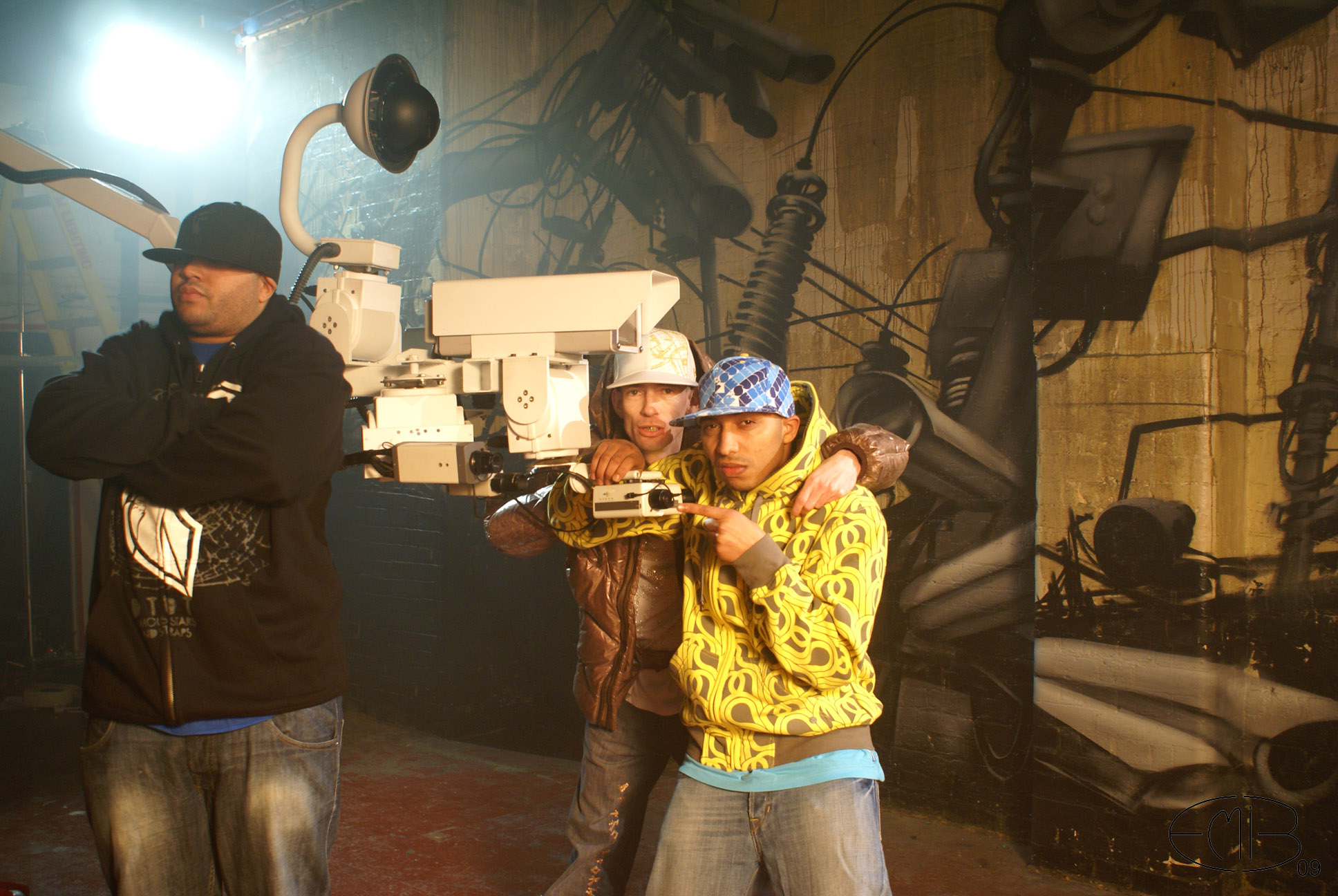 "5 - Making of clip ""Hat Low"" 2009"
